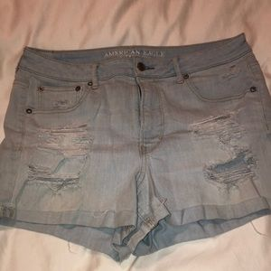 Ripped denim American Eagle shorts